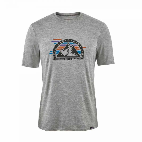Patagonia M´s Cap Daily Graphic T-Shirt Herren T-Shirt fitz roy ripping feather grey