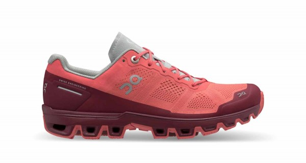 On Cloudventure Woman Coral - Mulberry